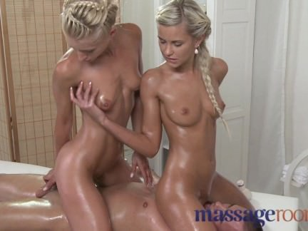 Massage Rooms – Licking and fingering pussy